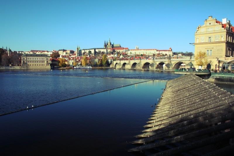 Pohled na hradčany a Karlův most